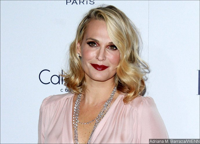 Molly Sims Would Starve Herself During Modeling Days