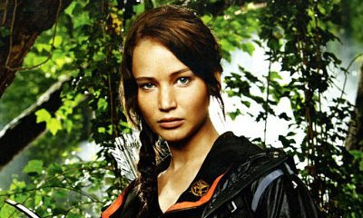 Jennifer Lawrence, Josh Huctherson and Liam Hemsworth star in 'The Hunger Games'
