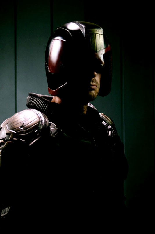 New Image of Karl Urban as Judge Dredd Surface