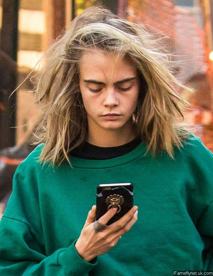 Aftermath Of Breakup Cara Delevingne Looks Glum As Ex St Vincent Moves On With Kristen Stewart