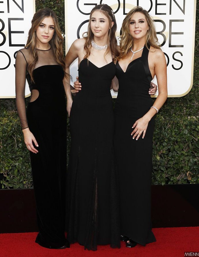 Felicity Jones, Mandy Moore, Lily Collins Stun on Purple Carpet news 00104511 stallone 74th annual golden globe awards
