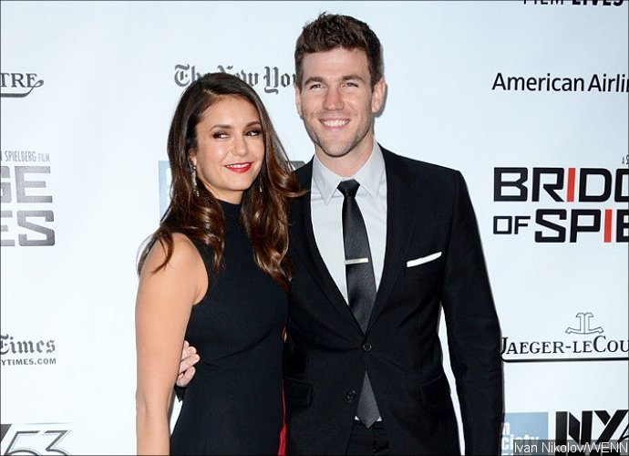 stowell singles & personals Austin stowell dating history austin stowell american actor austin stowell has been in a relationship with nina dobrev ( - ) born austin miles stowell on 24th december, in kensington, connecticut, usa, he is famous for the secret life of.
