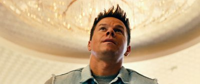 'Pain and Gain' Red Band Trailer: Mark Wahlberg Inspired by Motivator