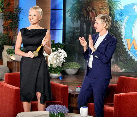 Pamela Anderson Wanted to 'Start Fresh' With New Pixie Cut