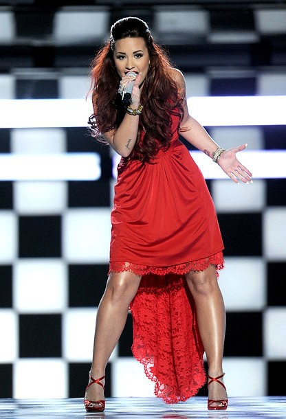 People's Choice Awards 2012: Demi Lovato Delivers Sublime Performance
