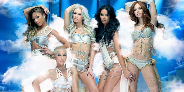 The New Pussycat Dolls Bust a Move in Extended Super Bowl Ad