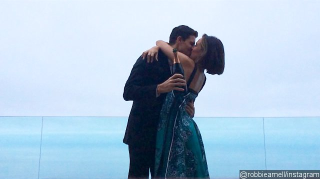 Robbie Amell Is Engaged to Italia Ricci
