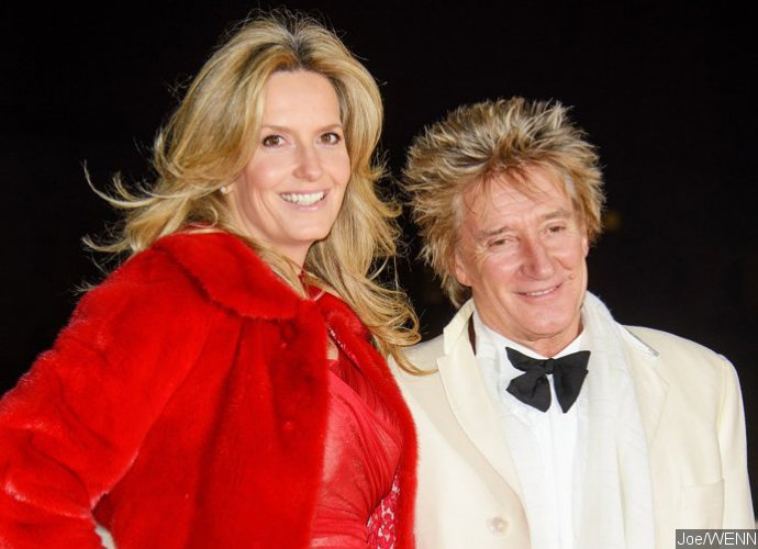Rod Stewart And Wife Penny Lancaster Renew Wedding Vows