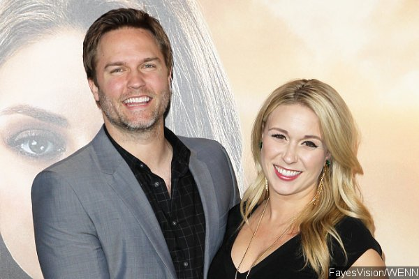Scott Porter Confirms He and Wife Are Expecting a Baby Boy