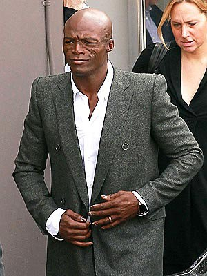 Seal Still Wears Wedding Ring When Stepping Out After Splitting From Heidi Klum