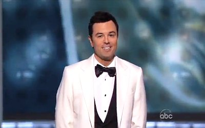 Video: Seth MacFarlane Laughs Off Microphone Gaffe at 2012 Emmys
