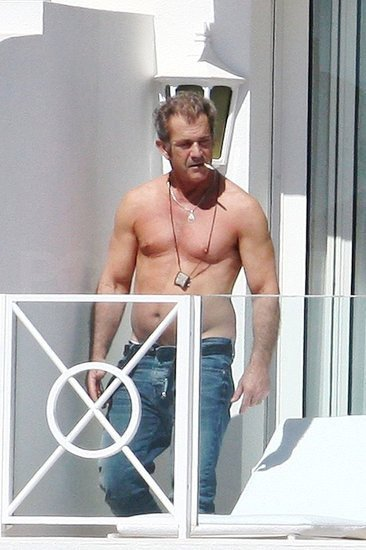 Shirtless Mel Gibson Lets His Belly Hang Out