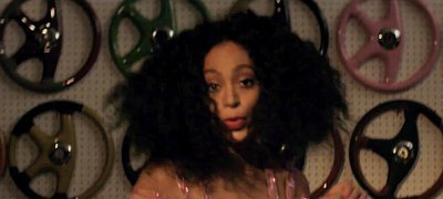 Solange Premieres Music Video for 'Lovers in the Parking Lot'