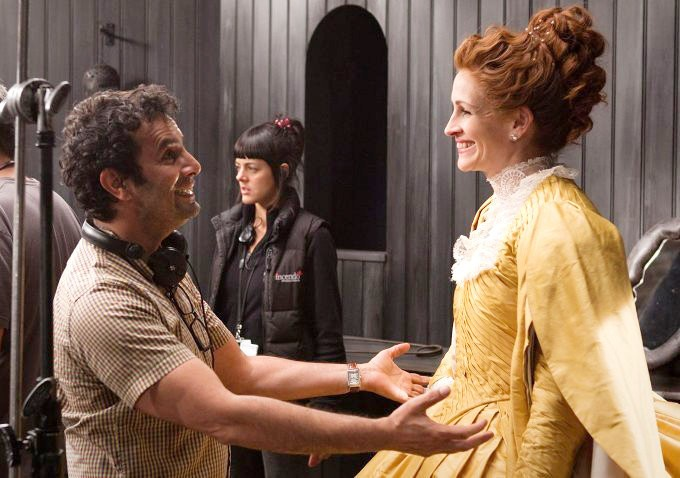 Tarsem Singh Explains Why He Makes 'Mirror Mirror' a Family Movie