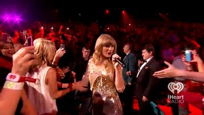 Video: Taylor Swift Suffers Wardrobe Malfunction During iHeart Performance