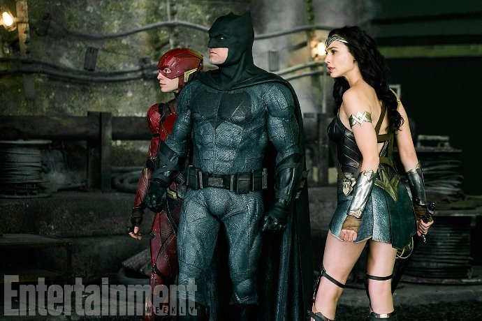 The Flash, Batman and Wonder Woman Are Ready to Fight in Epic New Photo of 'Justice League'