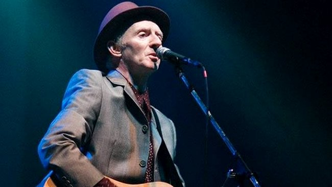 The Pogues' Guitarist Phil Chevron Dies From Cancer at Age 56