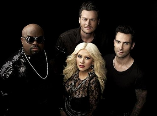 'The Voice': Cee-Lo Green Makes Christina Aguilera and Adam Levine Blushed With Sexual Comment