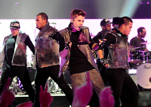 TLC Sets Premiere Date of Justin Bieber Holiday Special
