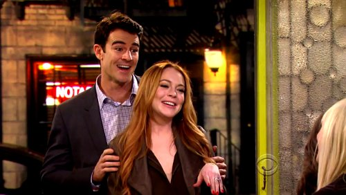 '2 Broke Girls' 3.21 Previews: Lindsay Lohan Plans Her Perfect Wedding