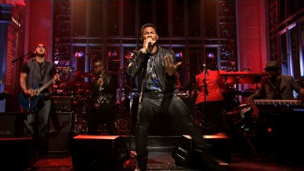 Video: Usher Rocks 'Saturday Night Live' With 'Scream' and 'Climax'