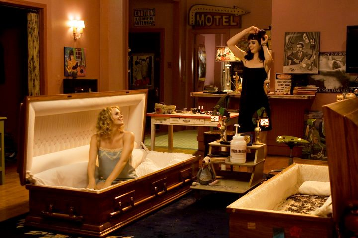 'Vamps' Images Tease Alicia Silverstone in Coffin and Many Other Scenes