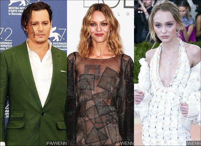 Johnny Depp's Ex Vanessa Paradis and Daughter Lily-Rose ...