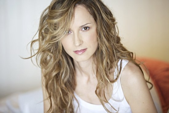Gay Singer Chely Wright 'Ashamed' of Cruel Romance With Brad Paisley