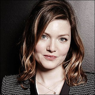 Holliday Grainger Pictures, Lat...