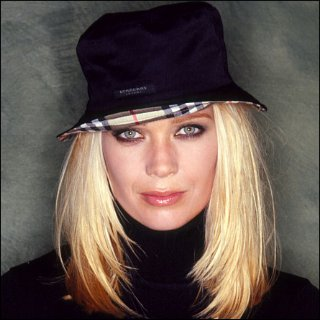Laurie Holden Profile Photo