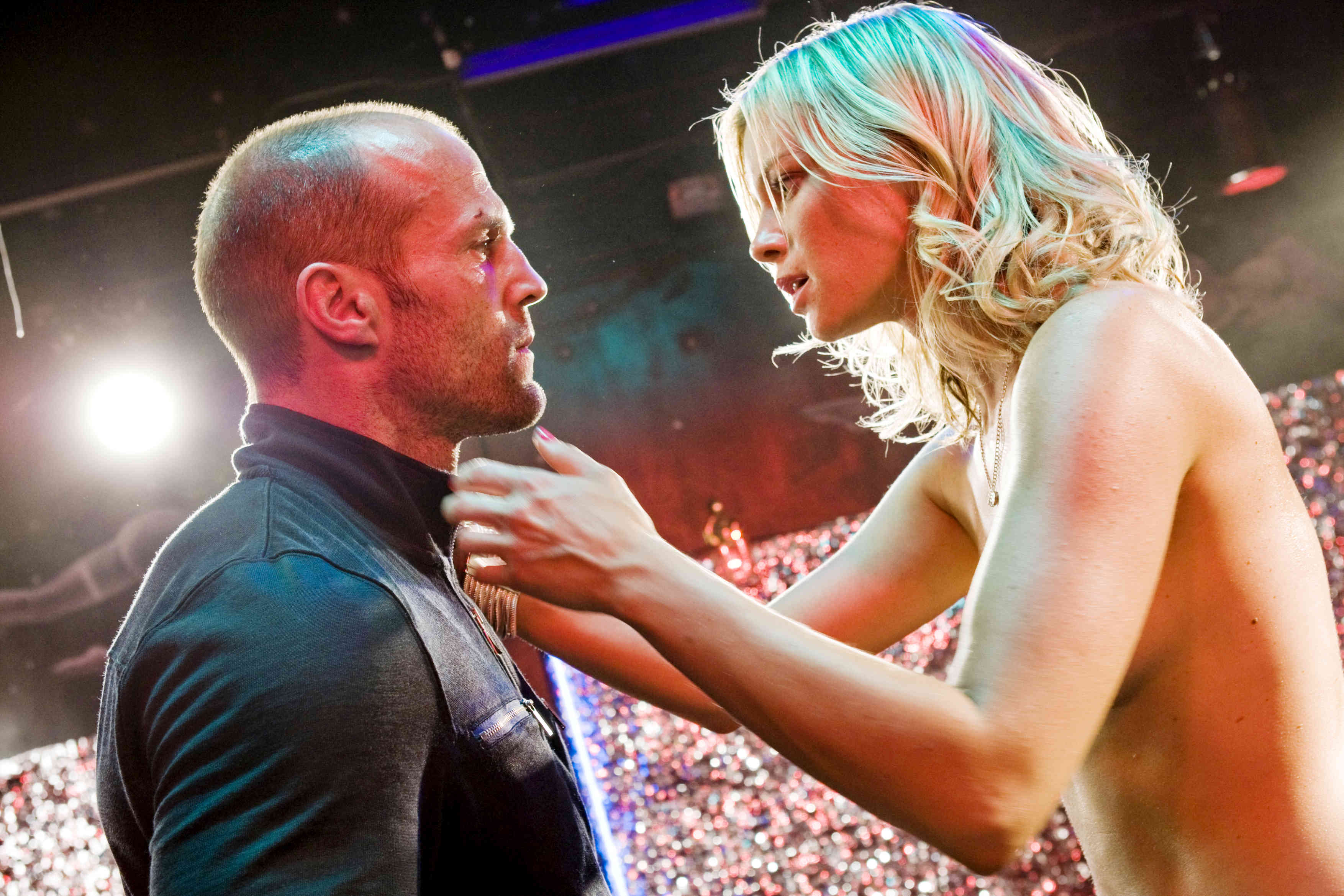 Jason Statham stars as Chev Chelios and Amy Smart stars as Eve in Lionsgate Films' Crank: High Voltage (2009)