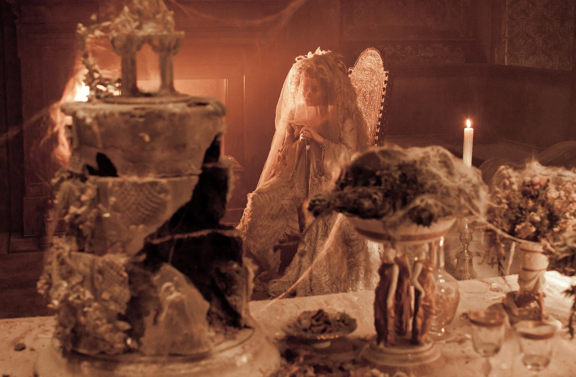 table and wedding cake aceshowbiz com images still  table and wedding cake aceshowbiz com images still great expecations omg03 jpg halloween miss havisham