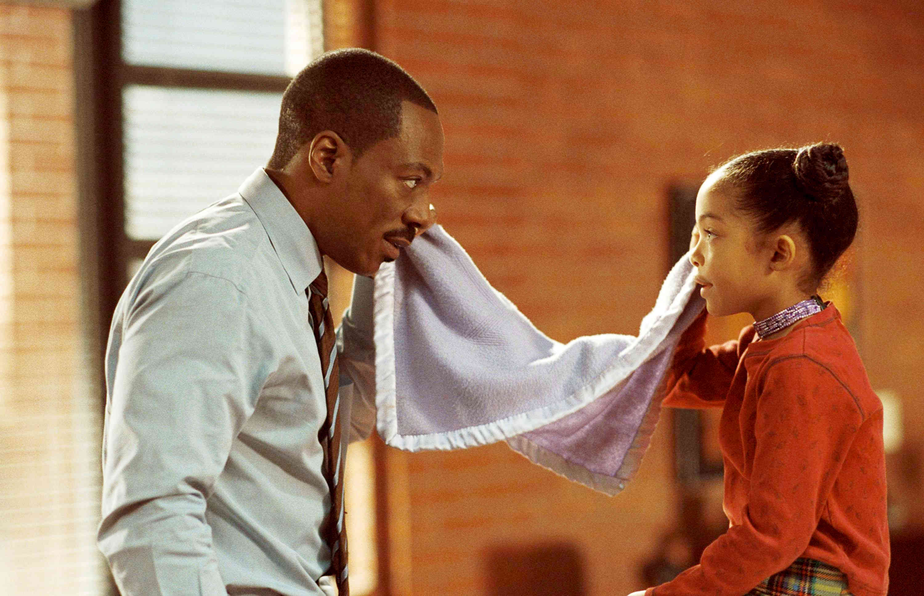 Eddie Murphy stars as Evan and Yara Shahidi stars as Olivia in Paramount Pictures' Imagine That (2009). Photo credit by Bruce McBroom.