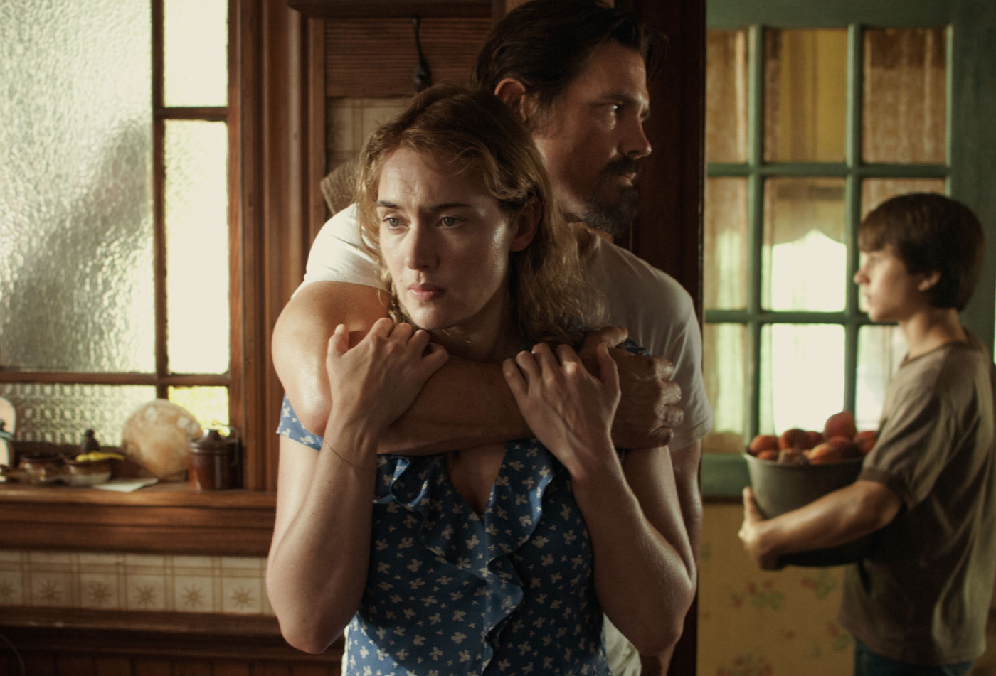 Kate Winslet, Josh Brolin and Gattlin Griffith in Paramount Pictures' Labor Day (2014)