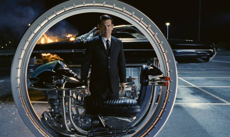 Josh Brolin stars as Young Agent K in Columbia Pictures' Men in Black 3 (2012)