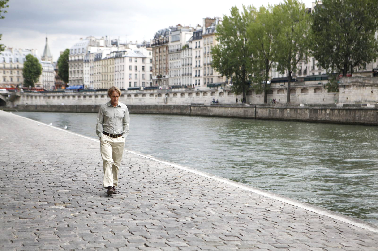 Movie Review: Midnight in Paris