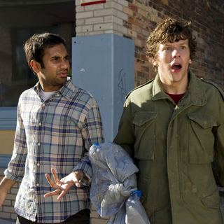 Aziz Ansari stars as Chet and Jesse Eisenberg stars as Nick in Columbia Pictures' 30 Minutes or Less (2011). Photo by: Wilson Webb. - 30-minutes-or-less08