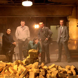 Ian McShane, Tom Wilkinson, Ray Winstone, John Hurt and Stephen Dillane in Image Entertainment's 44 Inch Chest (2010)