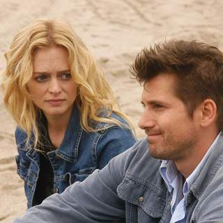 Heather Graham as Hope and Jeremy Sisto as Will in First Look Pictures' Broken (2007) - Broken1