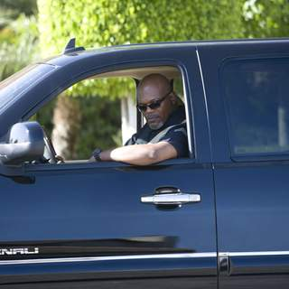 Samuel L. Jackson stars in Screen Gems' thriller LAKEVIEW TERRACE (2008). Photo By:  Chuck Zlotnick.
