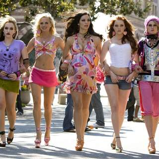 (L to R) Kat Dennings, Anna Faris, Katharine McPhee, Emma Stone, Rumer Willis star in Columbia Pictures' comedy THE HOUSE BUNNY. Photos by: Melinda Sue Gordon SMPSP.