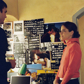 "Ashton Kutcher and Amanda Peet in Touchstone Pictures' ""A Lot Like Love"" (2005) - a_lot_like_love11"