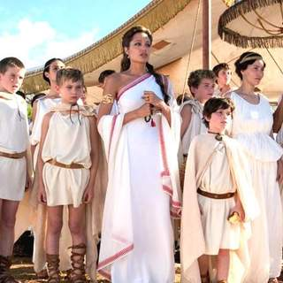 Angelina Jolie as Olympias in Oliver Stone' Alexander (2004)