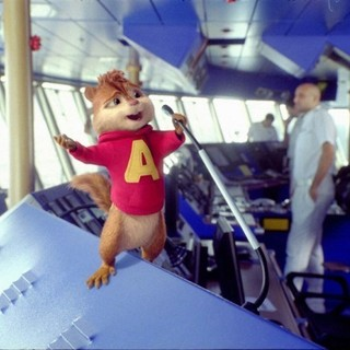 Alvin and the Chipmunks: Chip-Wrecked Picture 8
