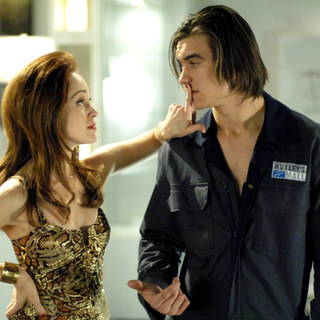 Madison (Autumn Reeser) quiets Joey (Rob Mayes) in The American Mall (2008) - american_mall24