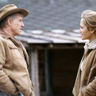 Robert Redford and Jennifer Lopez in Miramax Films' An Unfinished Life (2005)