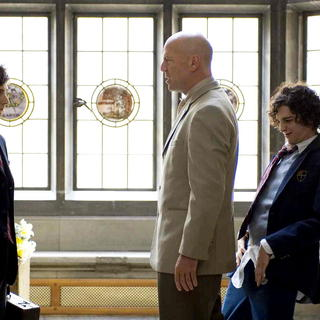 Reece Thompson, Bruce Willis and John Magaro in Yari Film Group Releasing's Assassination of a High School President (2009) - aoahsp12
