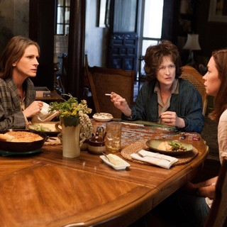 Julia Roberts, Meryl Streep and Julianne Nicholson in The Weinstein Company's August: Osage County (2013) - august-osage-county06