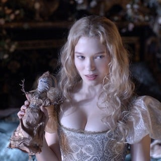 Beauty and the Beast  Picture 16