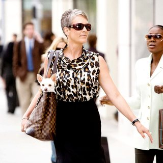 Beverly Hills Chihuahua - Jamie Lee Curtis stars as Aunt Viv in Walt Disney Pictures' Beverly Hills Chihuahua (2008). Photo credit by Daniel Daza.